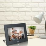 Xech Digital Photo Frame with Remote 7 inches​